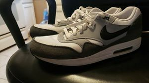 NIKE AIR MAX SIZE 13 MEN for Sale in Jacksonville, FL