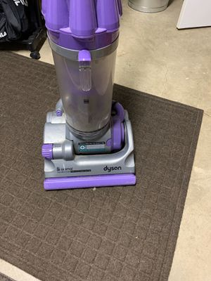 Dyson animal vacuum. Used works great. Limited accessories included. Pickup only. for Sale in Northfield, IL