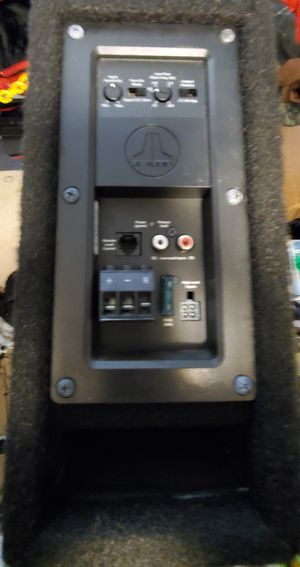 """JL Audio powered 8"""" subwoofer for Sale in Downers Grove, IL"""