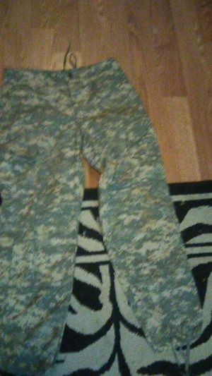 Camo cargo pants 32*32 for Sale in Tacoma, WA