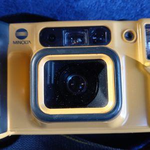 Minolta Underwater Weathermatic Dual 35 AF Camera. Witn Strap, Used Working. Nice Camera. for Sale in Los Angeles, CA