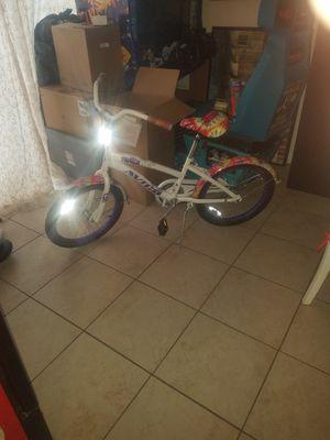 "Girls 20"" AVIGO TYE DYE PASSION CRUISER Bike for Sale in Houston, TX"