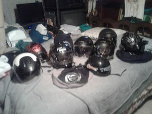 Ten helmets,7 modular,3 HD,others fulmar,8 extra shields,call {contact info removed}.1000 dollars obo.will sell piecemeal. for Sale in Jefferson, TX