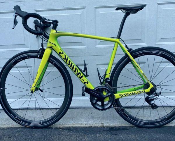 Carbon Fiber - road bike / Specialized , Very good shape