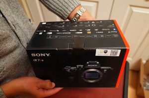 Sony A7R3 camera body ONLY for Sale in Portland, OR