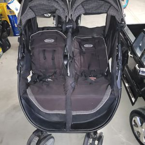Graco Side By Side Double Stroller for Sale in Fontana, CA