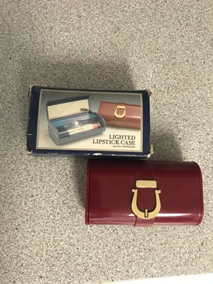 Lighted Lipstick Case w/mirror for Sale in Annville, PA