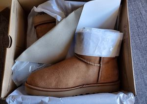 UGG BOOTS SIZES 9 for Sale in San Leandro, CA