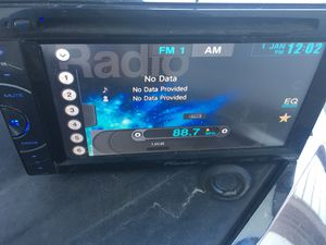 Pioneer double din with auxiliary and usb works great..$75 for Sale in North Highlands, CA