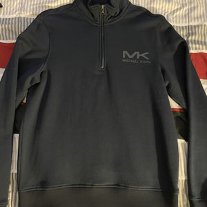 Michael Kors Turtle Neck Brand New Never Worn Size Medium for Sale in West Haven, CT