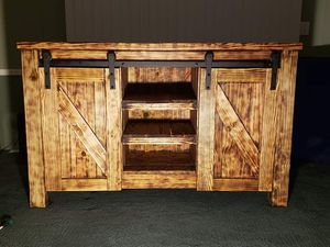 Tv stand farm style for Sale in Randleman, NC