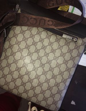 Gucci Unisex Side Bag for Sale in Germantown, MD