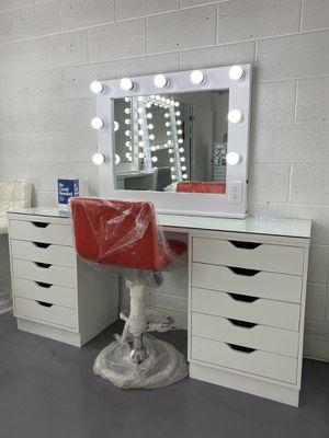 Makeup Vanity Sets! - SEE DESCRIPTION for Sale in Las Vegas, NV