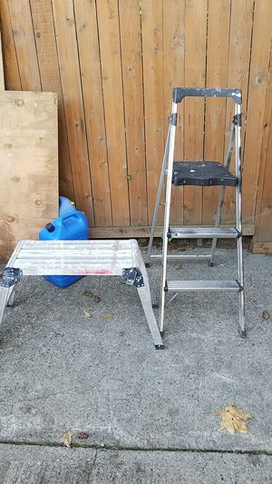 Dry wall scaffolding,little ladder both together $45 for Sale in Everett, WA