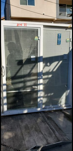 Slider Door with inGlass Curtain for Sale in Los Angeles, CA