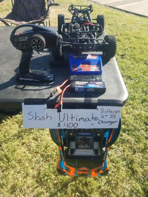 Traxxas RC Slash Ultimate 4X4 (2-2s Batterys + Charger) for Sale in Chandler, AZ