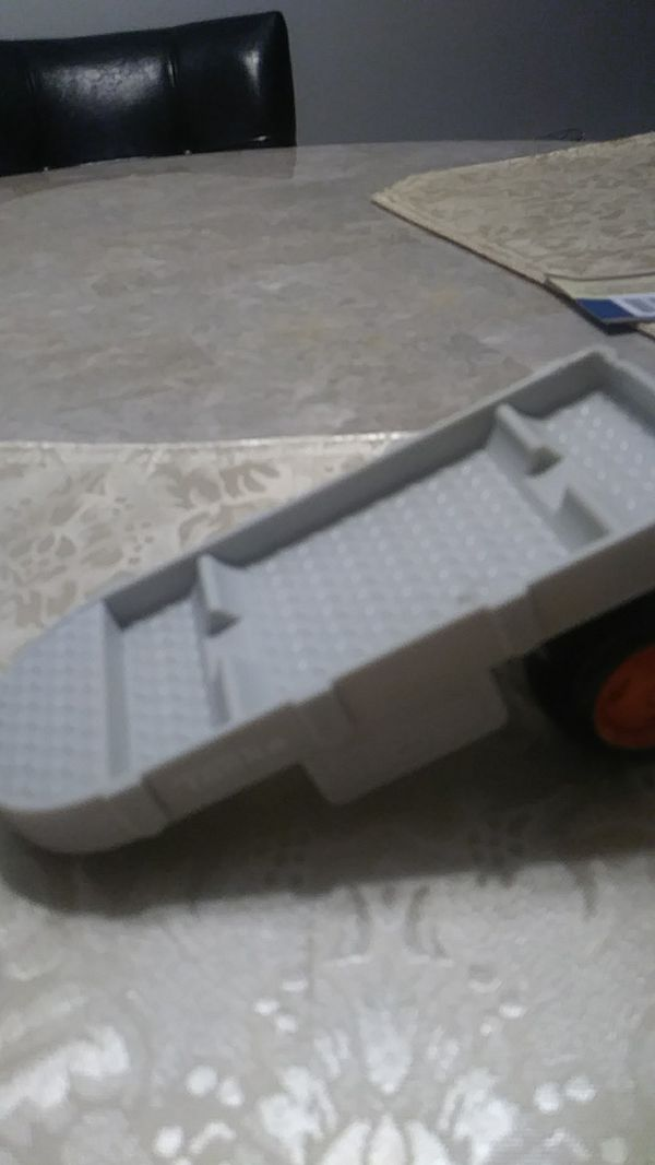 Car semi truck n trailor