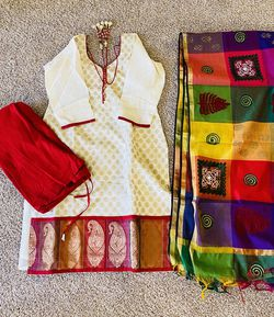 Indian traditional - heavy party wedding wear size -M/L for Sale in Columbus,  OH