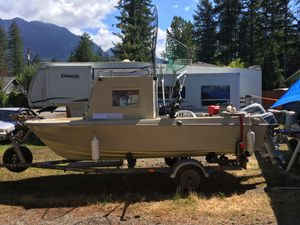 16 foot Pacific rim boat and easy loader trailer for Sale in Gold Bar, WA