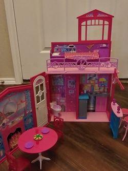 Barbie Beach House $20 for Sale in Dallas,  TX