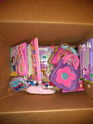 Girls toys/dolls/puzzles/blankets for Sale in Ashburn, VA