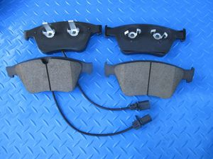 Bentley Continental Gt Gtc Flying Spur front brake pads Oe formulated #4287 for Sale in Hallandale Beach, FL