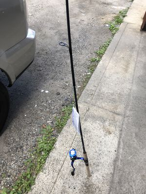 Fishing pole with reel 7ft for Sale in Yonkers, NY
