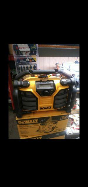 DEWALT 20V MAX WORKSITE RADIO WITH BUILT IN CHARGER for Sale in San Bernardino, CA