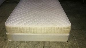 QUEEN SIZE MATTRESS AND BOX SPRING VERY COMFORTABLE for SALE for Sale in Bellevue, WA