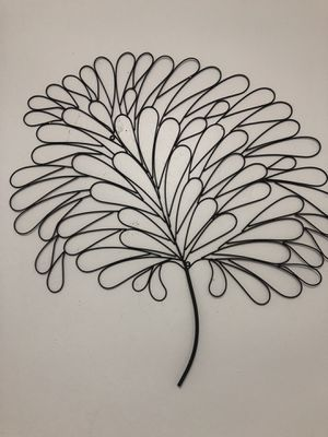 Leaf wall decor for Sale in Cleveland, OH