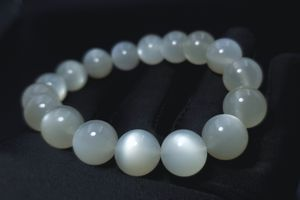 Natural Moonstone Bracelet, 12mm, white moon stone, 天然奶油体月光石手串 for Sale in Queens, NY
