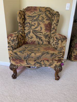 Chair for Sale in Avon, OH