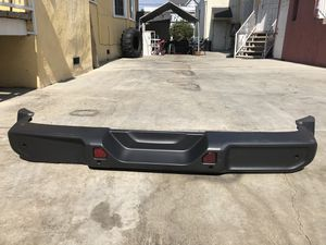 Jeep Wrangler JL 2020 unlimited rubicon rear bumper for Sale in Los Angeles, CA