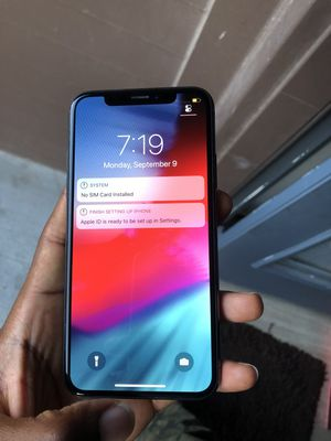 IPHONE X 64Gb UNLOCKED TO ANY CARRIER OF YOUR CHOICE for Sale in Austin, TX
