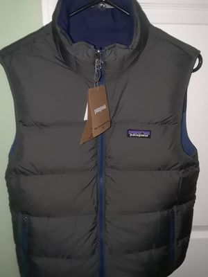 Patagonia Vest NEW Size XS for Sale in Winder, GA