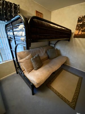 **FREE** Bunk bed / Futon Combo for Sale in Menifee, CA