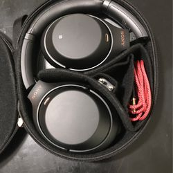 Sony Headphones 🎧 for Sale in Miami,  FL