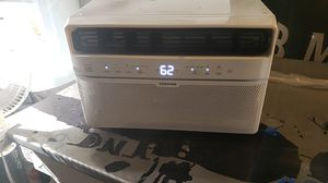 TOSHIBA. AC WINDOW UNIT for Sale in North Las Vegas, NV