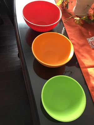 3 plastic Nordic mixing bowls for Sale in San Diego, CA
