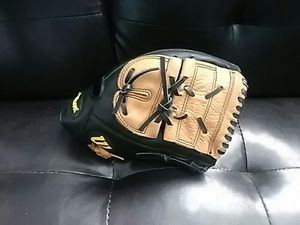 1250 Wilson pro select baseball softball glove mitt $25 for Sale in San Leandro, CA
