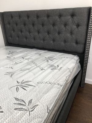 LOCATED IN LOS ANGELES CA BRAND NEW QUEEN BED FOR ONLY $300 MATTRESS INCLUDED 💥 $20 DELIVERY 💥NO SET UP💥 • We do not assemble • Brand new in box for Sale in Fontana, CA