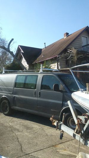 98 gmc savana 2500 part out for Sale in Bellmawr, NJ