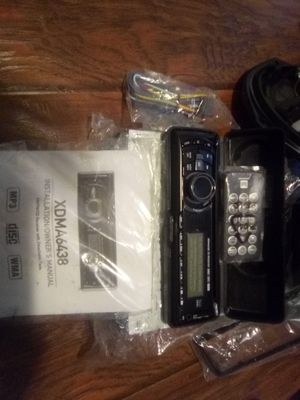 Dual receiver w/ detachable face & Kenwood speakers for Sale in Anchorage, AK