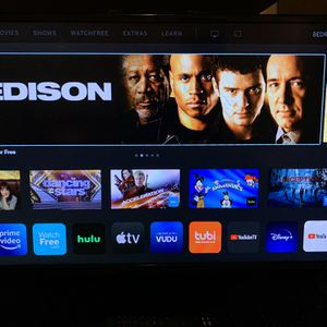 Vizio 32 in Tv 1080p Great Condition for Sale in Fresno, CA