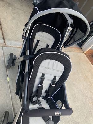 Chicco double stroller for Sale in Lyman, SC