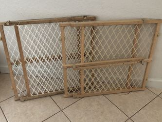 2 Safety Gates, Babies or Pets (Both) for Sale in Orlando,  FL