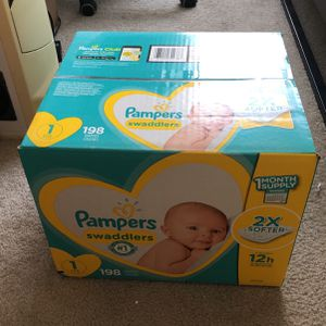 Baby Diapers Newborn/Size 1 (8-14 lb), 198 Count - Pampers Swaddlers for Sale in Bellevue, WA