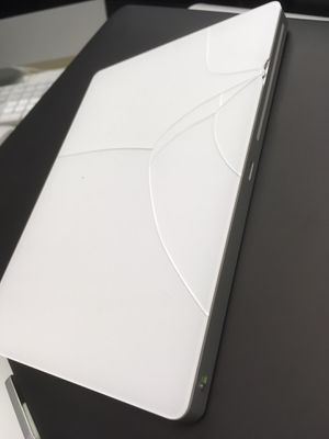 Apple Magic Trackpad 2 // WORKS GREAT / cracked but does not effect functioning for Sale in Schaumburg, IL