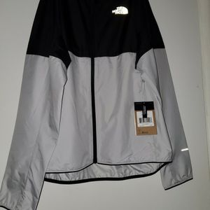 NEW- Men's M Flyweight Hoodie Size L **PRICE IS FIRM** for Sale in Renton, WA