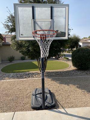Lifetime Adjustable Basketball Hoop for Sale in Chandler, AZ